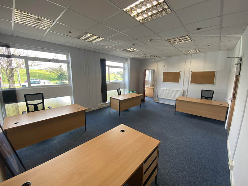 6 Person Office - Airport Business Centre - Office 76-77 - Main Office - The UNA Group
